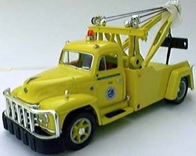 "Diamond-T Tow Truck ""N.Y. ""Thruway""  1955"
