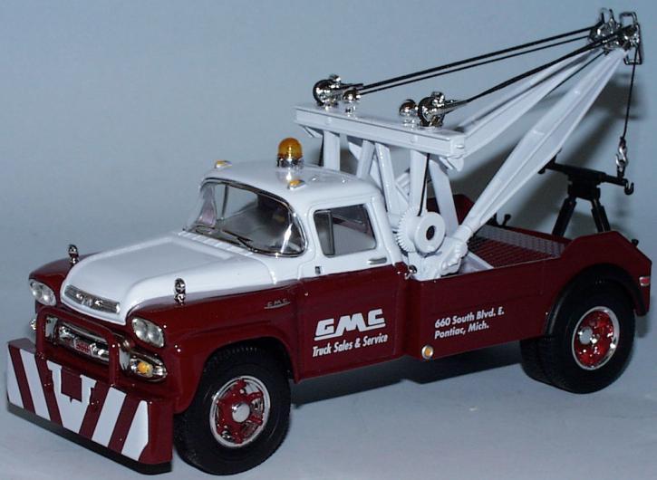 "GMC Tow Truck ""GMC"""