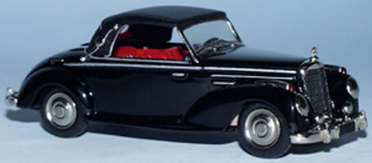 Mercedes 220 Cabriolet A (closed top)