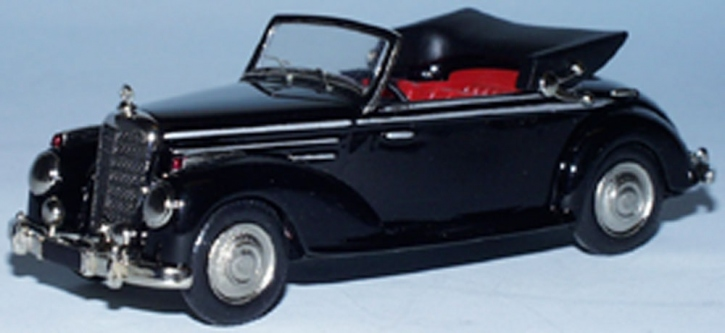 Mercedes 220 Cabriolet A  (open top)