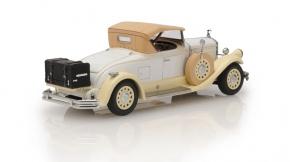 1930 Pierce Arrow Model B roadster - top up