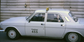 """GAZ 24-10 """"Volga"""" Taxi Berlin Limited Edition 1/43"""