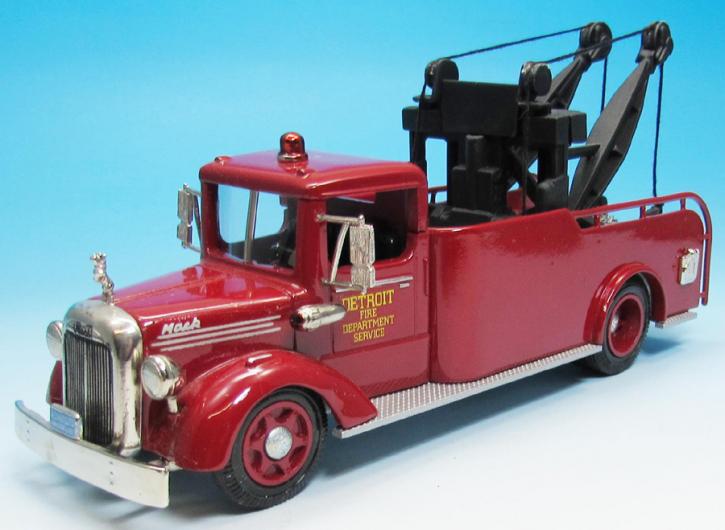 1950 Mack Tow Truck  Fire Dept. Detroit