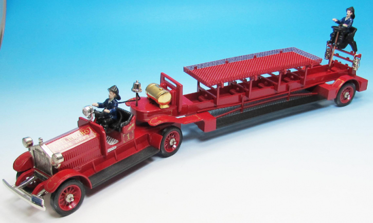 1924 Ahrens-Fox J-3-17 Ladder Truck No.1224 L1 Attleboro, MA