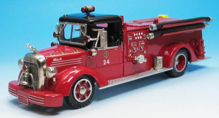 1951 Mack Pumper Model L Typ 95 Eng. Co. 24  Chicago, IL