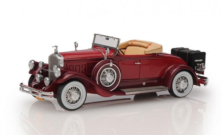 1930 Pierce Arrow Model B roadster - top down
