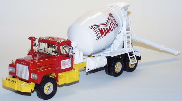 "Mack R-600 Cement Mixer ""Mannatts"""