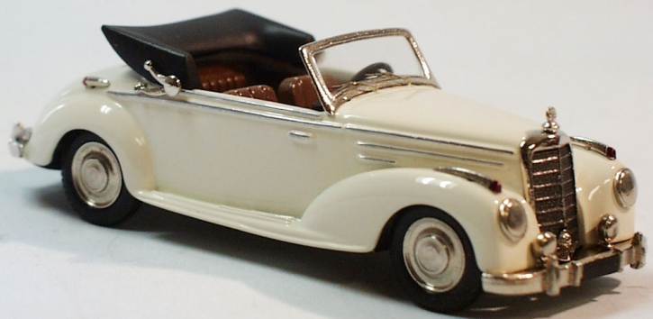 Mercedes 220 Cabriolet A open Top
