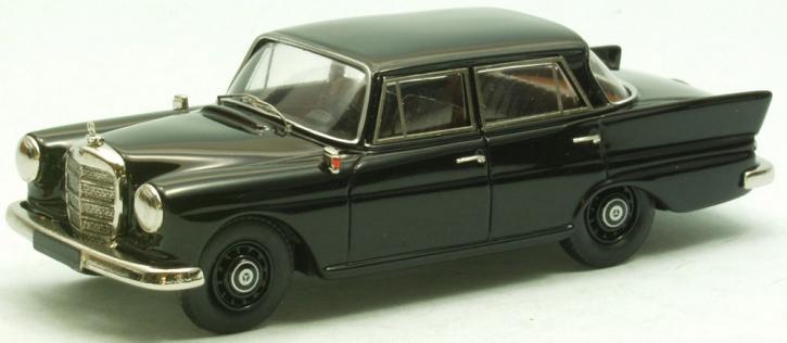 """Mercedes 190 C  4-door Saloon """"Heckflosse"""""""