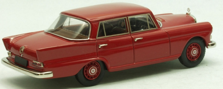 "Mercedes 200 4-door Saloon ""Heckflosse"""