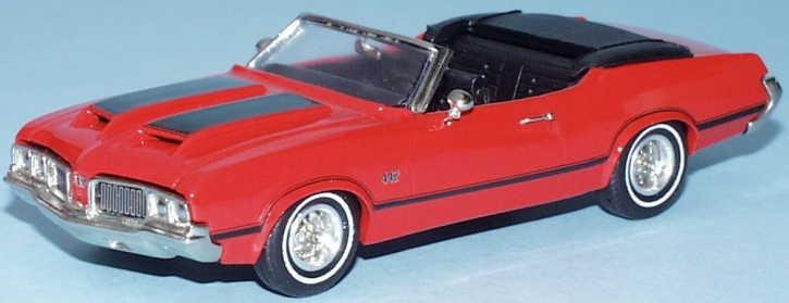 Oldsmobile W30  4-4-2  Convertible open top