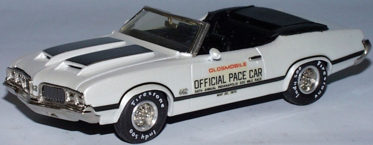 Oldsmobile 4-4-2 Indianapolis Pace Car