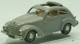 Hanomag 1,3 2-door Saloon (1938) open roof